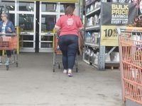 Chunky Ass MILF in Home Depot