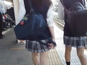 japanese girls upskirt 10