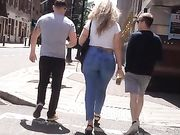 Candid PAWG in the City