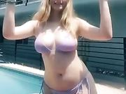 Everyone needs to nut on those tits she wants it