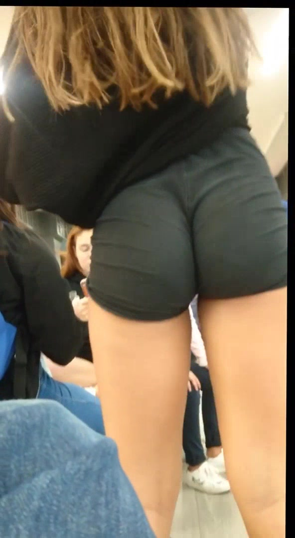 Latina Bubble Butt Teen
